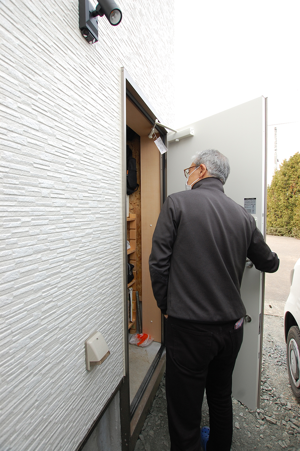 case43door2