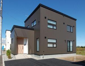 新築でガルバリウム鋼板の外壁にするメリット・デメリットは?